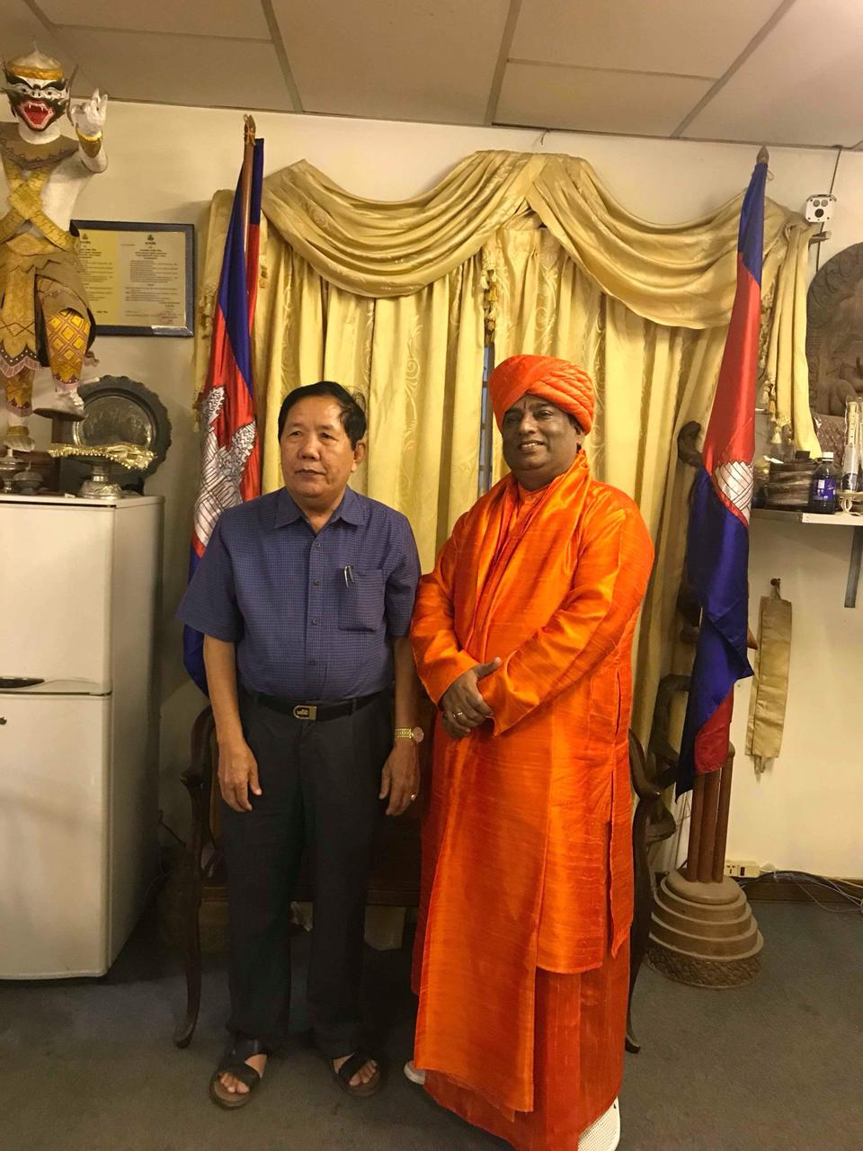 Jeevanacharya with Culture and Arts Ministers of Cambodia