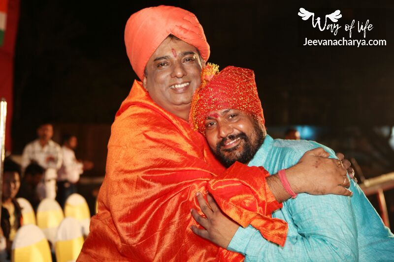 JEEVANACHARYA_SWAMI_CELEBRITIES_PHOTO_004
