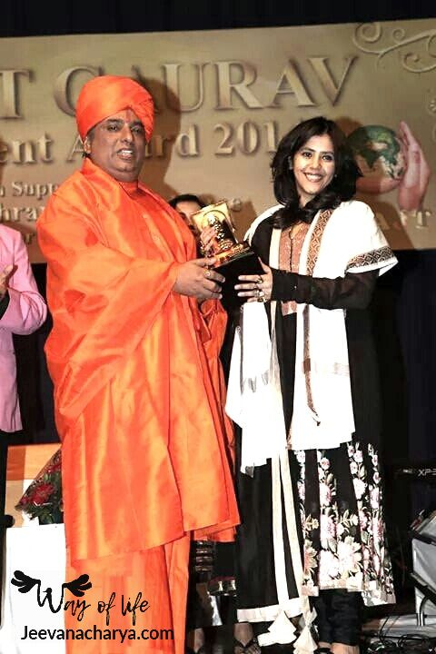 JEEVANACHARYA_SWAMI_CELEBRITIES_PHOTO_013